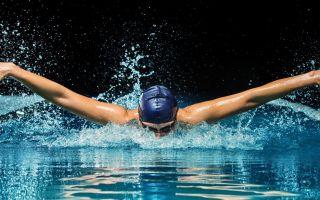 Плавание: кому лучше не стоит